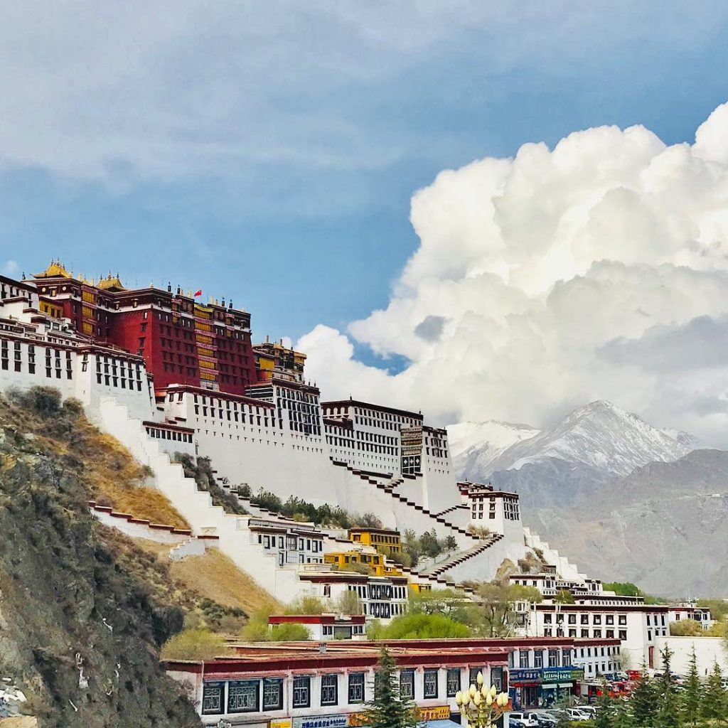 10 Days Lhasa to Tibet Everest Base Camp and Namtso Lake Group Tour. Day 3_Potala Palace