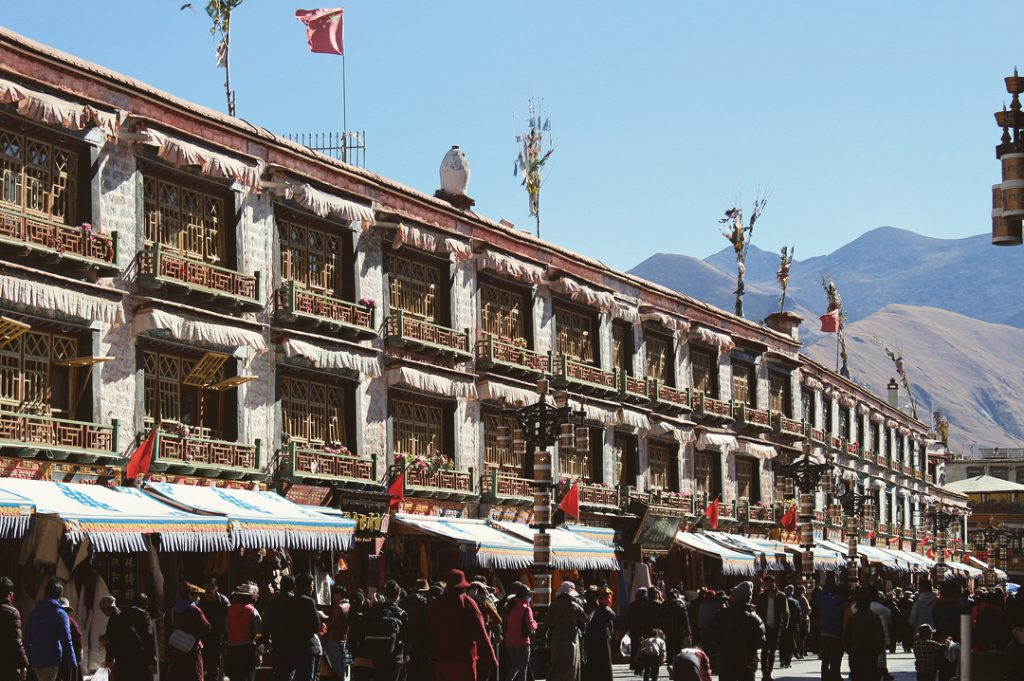 11-Day Yarlung Valley Private Tour. Day 2_Barkhor Square