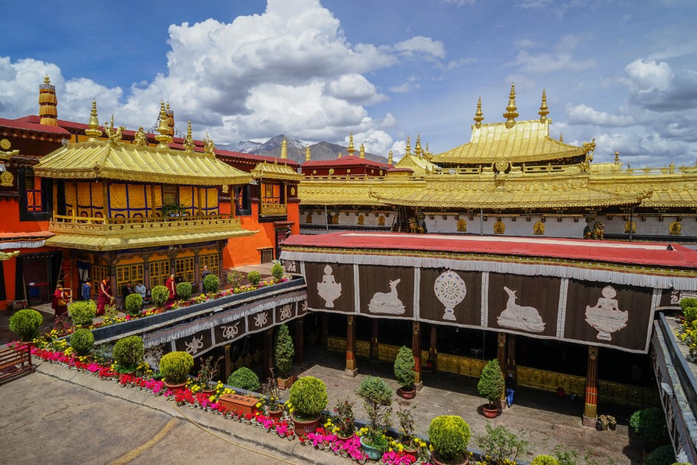 13D12N Mount Everest, Cho Oyu, Shishapangma Private Tour. Day 2_Jokhang Temple