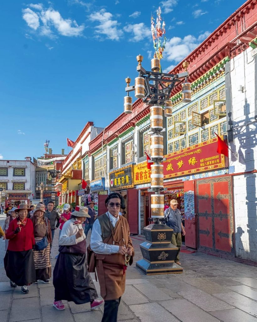 15-Day Lhasa, Everest Base Camp, Mt. Kailash, Kathmandu Private Tour. Day 1_Barkhor Square