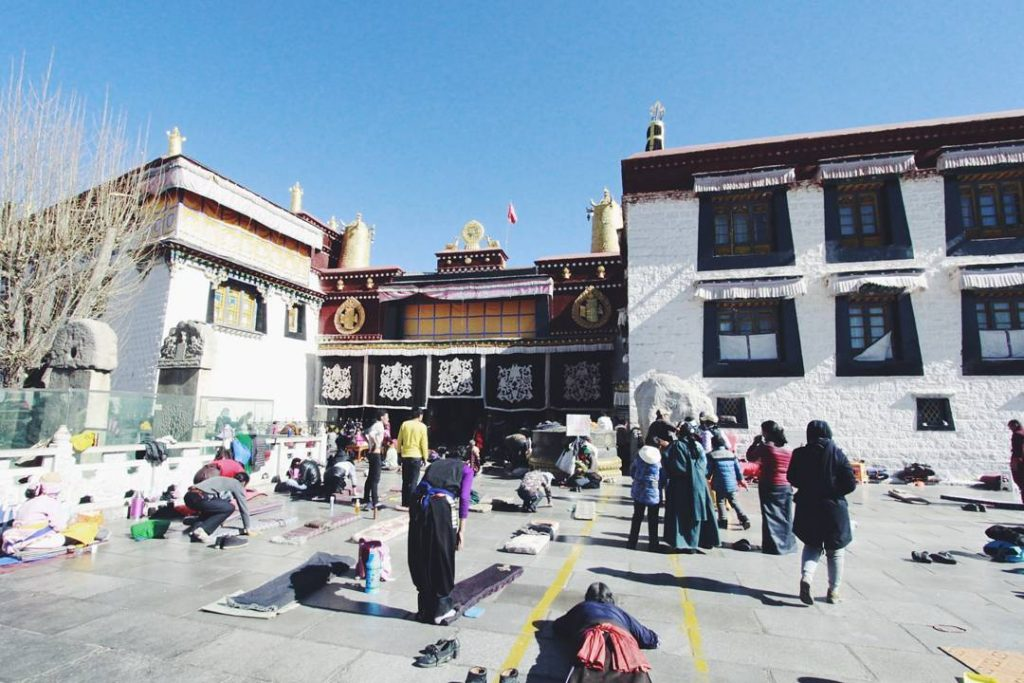 15-Day Lhasa, Everest Base Camp, Mt. Kailash, Kathmandu Private Tour. Day 2_Jokhang