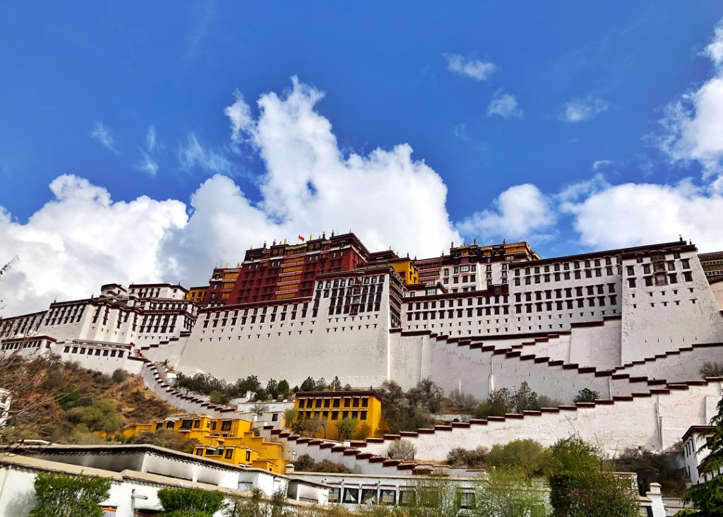 8-Day Central Tibet and Namtso Lake Private Tour. Day 3_Potala Palace