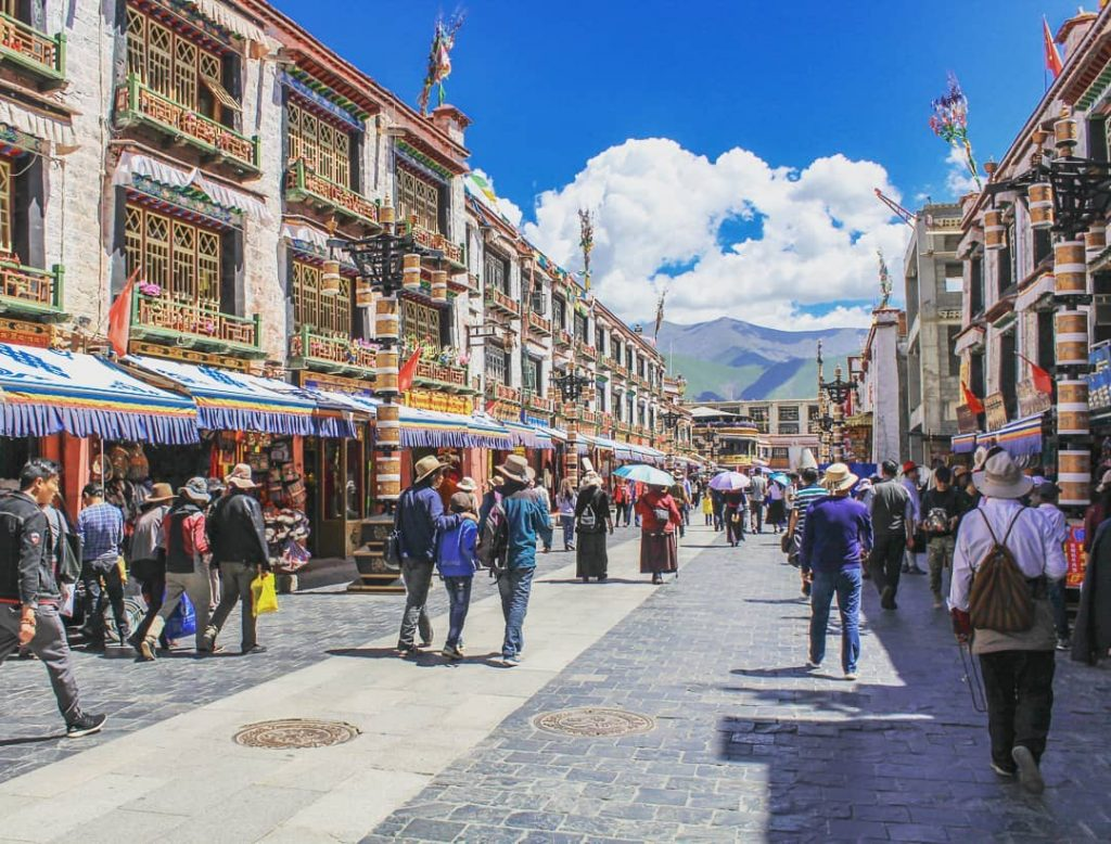 8-Day Lhasa to Everest Base Camp to Kathmandu Private Tour. Day 1_Barkhor Square