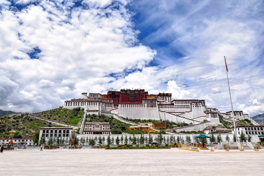 9-Day Lhasa to Everest Base Camp to Lhasa Private Tour. Day 3_Potala Palace