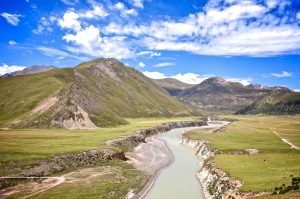 When is the Best time to travel to Tibet - Best Tibet Travel Agency